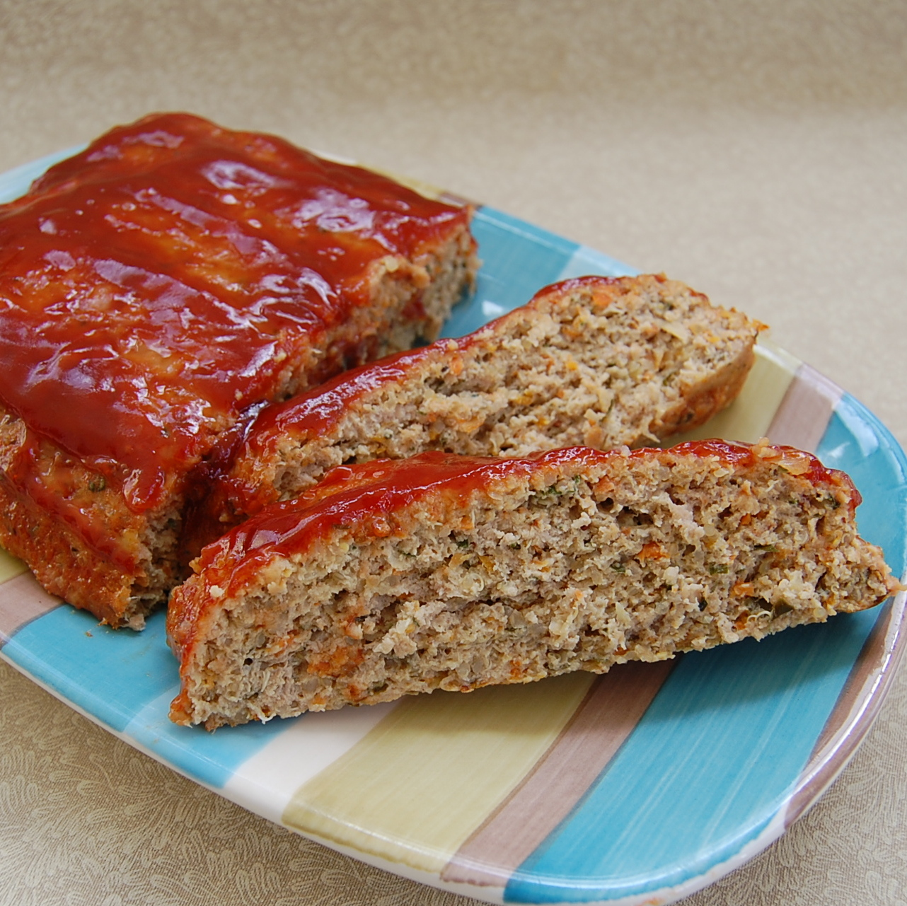 Quinoa Turkey Meatloaf (Gluten-Free) - Its Not Easy Eating Green